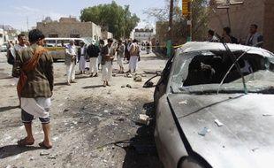 Au moins 142 personnes ont été tuées dans un attentat revendiqué par Daesh au Yémen, le 20 mars 2015.