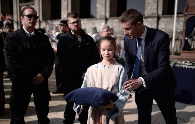 Le fameux anneau était présenté sur un coussin bleu. - JSEvrard/AFP