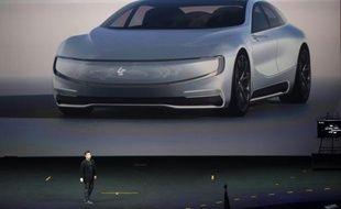 Une voiture électrique présentée par le groupe internet chinois LeEco Holdings Ltd, le 20 avril 2016 à Pékin