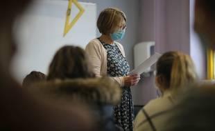 Dans une salle de classe, à Douai le 29 octobre 2020.