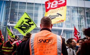 Le syndicat Sud Rail avait appelé au rassemblement devant le Parlement européen de Strasbourg où est attendu Emmanuel Macron ce mardi. Illustration