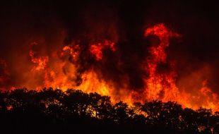 Un feu gigantesque autour de la ville de Monchique, au Portugal, le 5 août 2018.