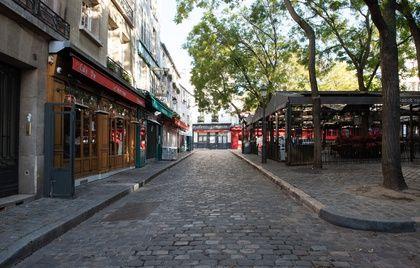 Il contenimento, come qui a Montmartre il 12 novembre, sarebbe alla fine solo il culmine di una pesante tendenza all'interno delle società umane. - JEANNE ACCORSINI/SIPA'aboutissement d'une tendance lourde au sein des sociétés humaines.