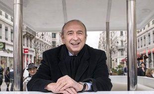 Le sénateur-maire PS de Lyon, Gérard Collomb, part avec une dizaine de points d'avance sur Michel Havard, récent vainqueur de la primaire UMP, pour les élections municipales de mars 2014, selon un sondage Ifop pour le JDD publié dimanche.
