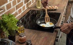N'attendez plus une éternité pour que vos œufs au plat soient prêts.