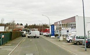 L'accident s'est produit rue du Bénélux, dans la zone Nantes-Est.