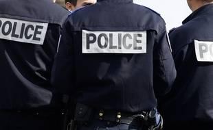 Trois policiers sont intervenus pour sauver le jeune homme suicidaire. Illustration.