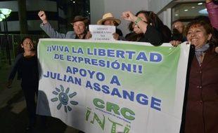 L'Equateur a dénoncé mercredi la menace des autorités britanniques de lancer un assaut contre son ambassade à Londres, alors qu'il doit annoncer jeudi s'il accorde l'asile politique à Julian Assange qui y est réfugié depuis deux mois.