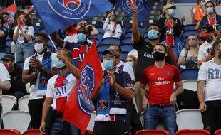 Des supporters du PSG ont été invités au Parc des Princes pour suivre la finale de la Ligue des champions contre le Bayern Munich, le 23 août 2020.