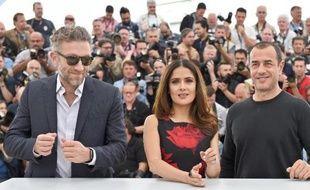 """Vincent Cassel, Salma Hayek et Matteo Garrone pour la présentatin de """"Tale of Tales"""" le 14 mai 2015 à Cannes"""