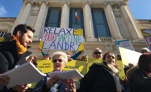 Martine Landry, responsable d'Amnesty international à Nice, a vu une deuxième fois son procès renvoyé.