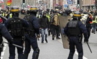 Une manifestation de «gilets jaunes» à Lille.