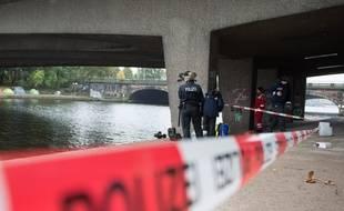 Le 16 octobre 2016, à Hambourg, un adolescent de 16 ans a été poignardé à mort au bord de l'Alster. Daesh a revendiqué le crime le 30 octobre 2016.