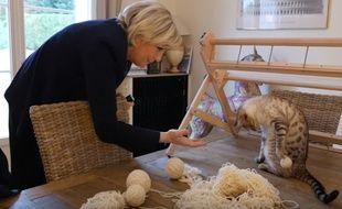 Comme d'autres, Marine Le Pen s'est emparée de la thématique de la cause animale dans cette présidentielle.