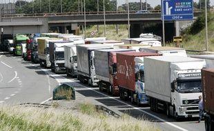 Les routiers en grève en France en 2008.