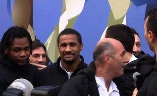 Les handballeurs français champions du monde à leur retour de Malmö, sur les Champs Elysées, le 31 janvier 2011.