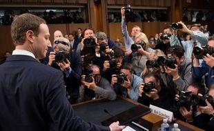 Mark Zuckerberg a témoigné devant un comité du Sénat américain sur l'affaire Cambridge Analytica pendant plus de cinq heures, le 10 avril 2018.
