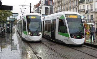 L'une des deux nouvelles lignes de tram devrait relier la ligne 1 au niveau du quai de la Fosse.