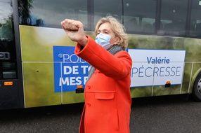 Valérie Pécresse lors d'un déplacement de campagne à Nemours, le 14 mai 2021.