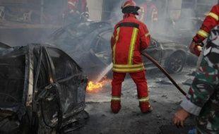 Un conseiller de l'ancien Premier ministre Saad Hariri, hostile au régime syrien, a été tué vendredi dans un attentat à la voiture piégée au coeur de Beyrouth, marquant une nouvelle escalade dans ce pays divisé entre partisans et opposants de Damas.