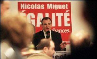 Nicolas Miguet, président du Rassemblement des contribuables français et candidat à l'élection présidentielle, se trouvait toujours en garde à vue mercredi matin dans le cadre d'une enquête préliminaire liée à une suspicion de détournement de parrainages.