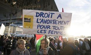 Une manifestation à Marseille en mars 2019 pour défendre le droit à l'avortement