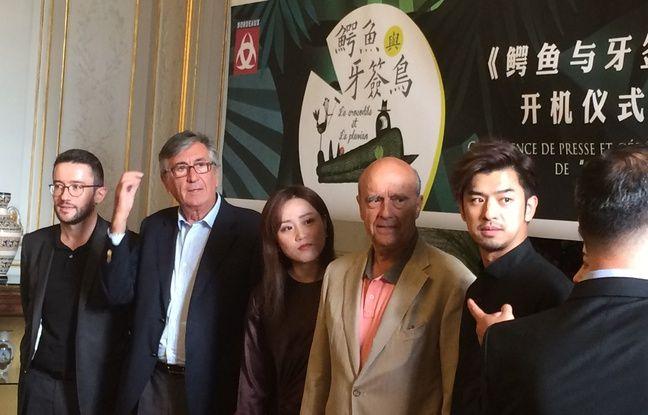 Le maire de Bordeaux et ses adjoints ont reçu l'équipe de la série chinoise.