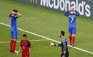 Giroud et Griezmann ont manqué de réalisme contre le Portugal.