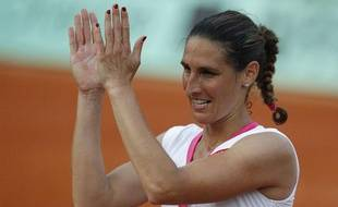 La Française Virginie Razzano, après sa victoire à Roland-Garros contre Serena Williams, le 29 mai 2012.
