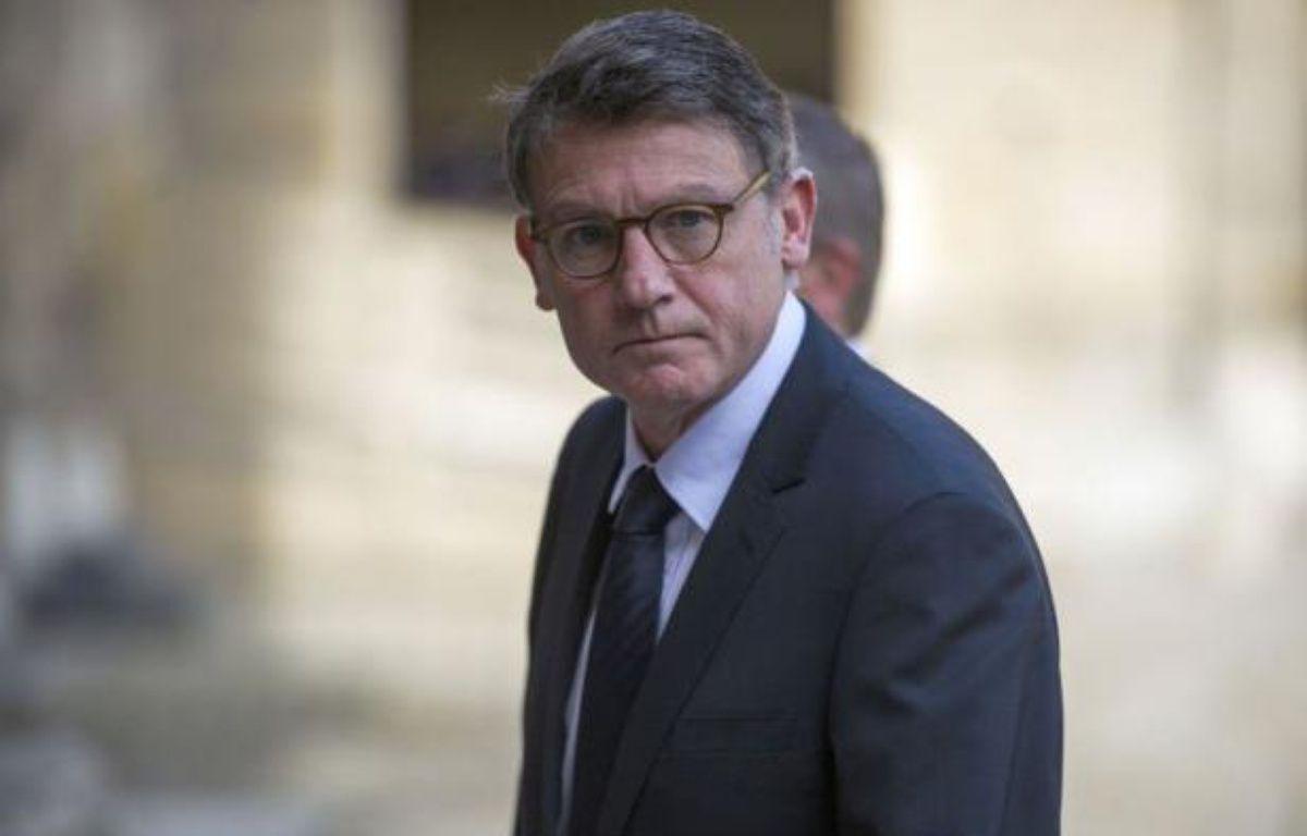 Le ministre de l'Education nationale Vincent Peillon a annoncé vendredi sur France Info qu'il proposerait au Conseil supérieur de l'éducation (CSE) d'avancer la rentrée scolaire de septembre 2012 d'un jour, et de retarder la fin de l'année au vendredi soir ou au samedi midi. – Fred Dufour afp.com