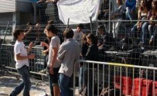 Les barricades du lycée Mermoz.