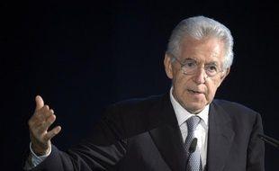 """L'euro ne doit pas devenir """"un facteur de désagrégation"""" en Europe et dresser le Nord du continent contre le Sud, a mis en garde dimanche le chef du gouvernement italien Mario Monti dans un discours à Rimini, sur la côte adriatique."""
