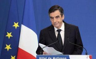 """Pour éviter une """"faillite"""" de la France, François Fillon a annoncé lundi un nouveau plan de rigueur de 7 milliards d'euros, vivement critiqué à gauche, avec une accélération de la réforme des retraites, une hausse ciblée de la TVA et de l'impôt sur les sociétés"""