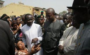 Le président Goodluck Jonathan a fait une tentative de dernière minute samedi soir dans une adresse télévisée pour défendre la politique de son gouvernement dans l'espoir que les syndicats annulent leur projet de grève.