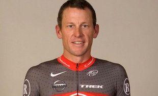 Le coureur américain Lance Armstrong, sous les nouvelles couleurs de l'équipe Radioshak.
