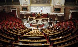 De la TVA sociale à la réglementation des grèves dans le transport aérien, députés et sénateurs vont voter des lois à tour de bras avant de se séparer pour cause d'élections le 6 ou 7 mars, plus tard que prévu initialement en raison des réformes annoncées en janvier par Nicolas Sarkozy.