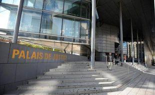 L'entrée du tribunal de Grenoble le 15 octobre 2012