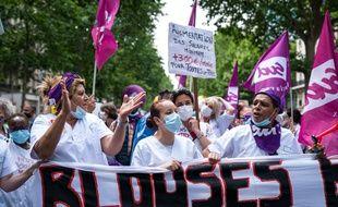 Manifestation des soignants à Paris, le 16 juin 2020.