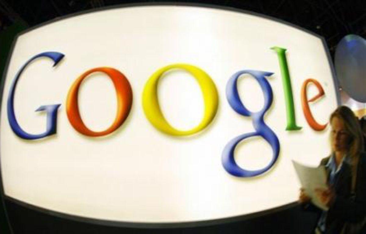 """Selon le cabinet eMarketer, Google encaissera cette année plus de 30% des dépenses publicitaires en ligne contre 14% pour Yahoo!, qui perd encore 2 points et 6,7% pour Microsoft. Même s'il devait voir le jour, """"MicroHoo"""" resterait donc loin derrière Google, avec 21% du marché. – MICHAEL GOTTSCHALK AFP/DDP/Archives"""