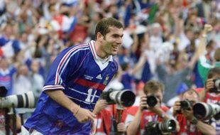 Zinédine Zidane lors de France-Brésil le 12 juillet 1998.