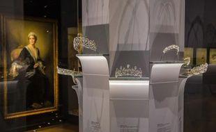 Des diadèmes à l'exposition «Cartier, le style et l'histoire», au Grand Palais.