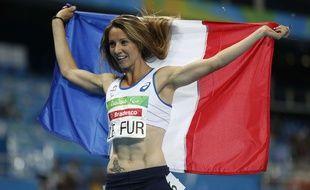 Marie-Amelie Le Fur après sa victoire sur 400m aux Jeux paralympiques de Rio, le 12 septembre 2016.