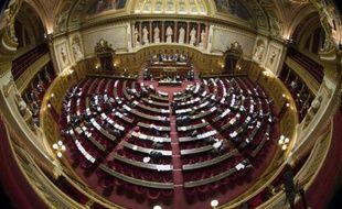 Le Sénat à majorité de droite a adopté mardi le projet de loi sur le dialogue social après l'avoir largement modifié
