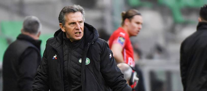 Claude Puel, ici très agacé par un nul (2-2) concédé par les Verts en décembre face à Nîmes.