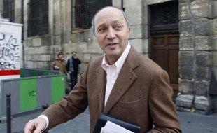 Laurent Fabius à Paris, le 28 février 2009