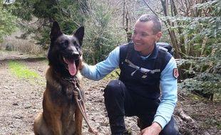 Sony, le chien du peloton de gendarmerie de haute montagne (PGHM) d'Ariège.