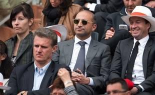 Thomas Fabius (au centre) à Roland Garros en 2013