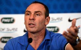 Alain Boghossian, entraineur adjoint de l'équipe de France, lors d'une conférence de presse (jeudi 21 juin 2012 à Donetsk)