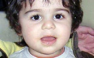 Photo prise le 7 mars 2010 au commissariat de Saint-Dizier d'un petit garçon d'environ 2 ans et demi qui a été trouvé en fin de matinée, errant seul dans le quartier du Vert-Bois à Saint-Dizier.