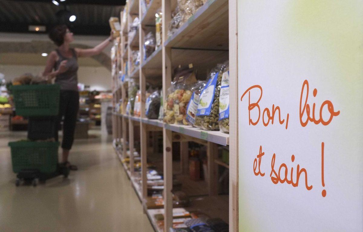 Alors que démarrent ce jeudi les Etats généraux de l'alimentation, les consommateurs sont de plus en plus en quête de produits alimentaires sains et de qualité. – LODI FRANCK/SIPA